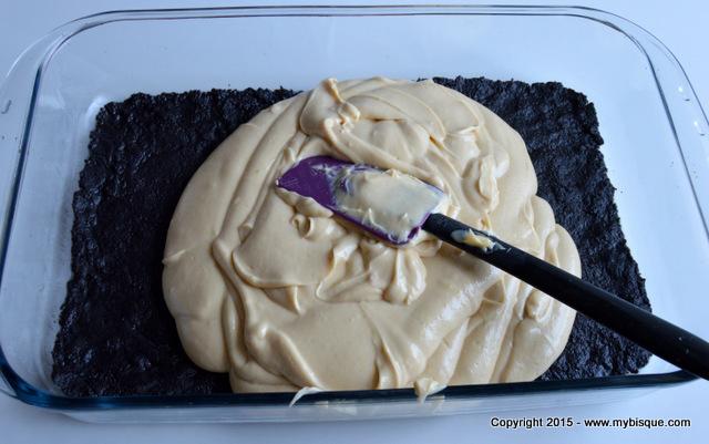 Cheesecake cu Oreo si unt de arahide